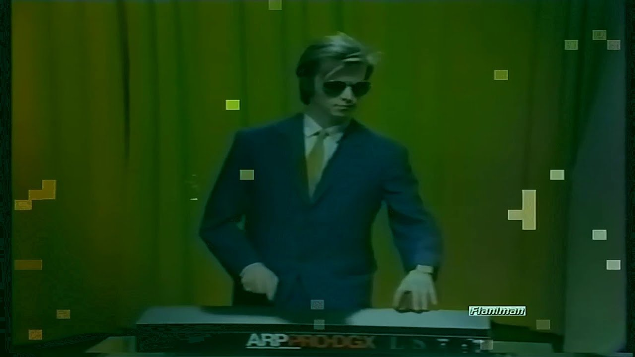 Daryl Hall Lookalike Playing Arp DGX